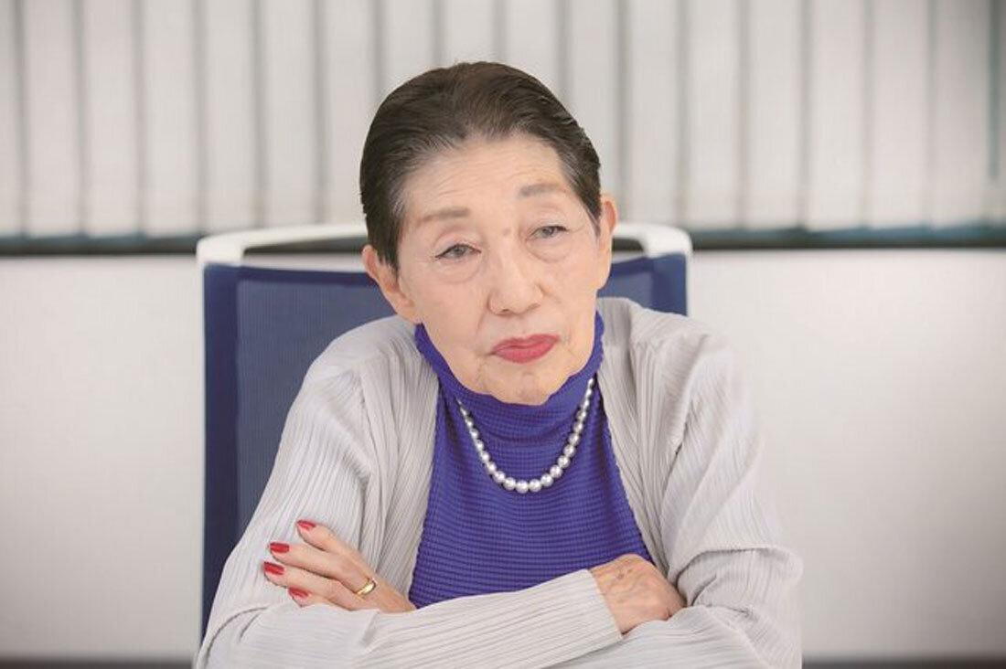 東海林のり子さんインタビュー中の神妙な表情