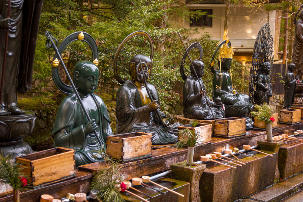 高野山の仏像