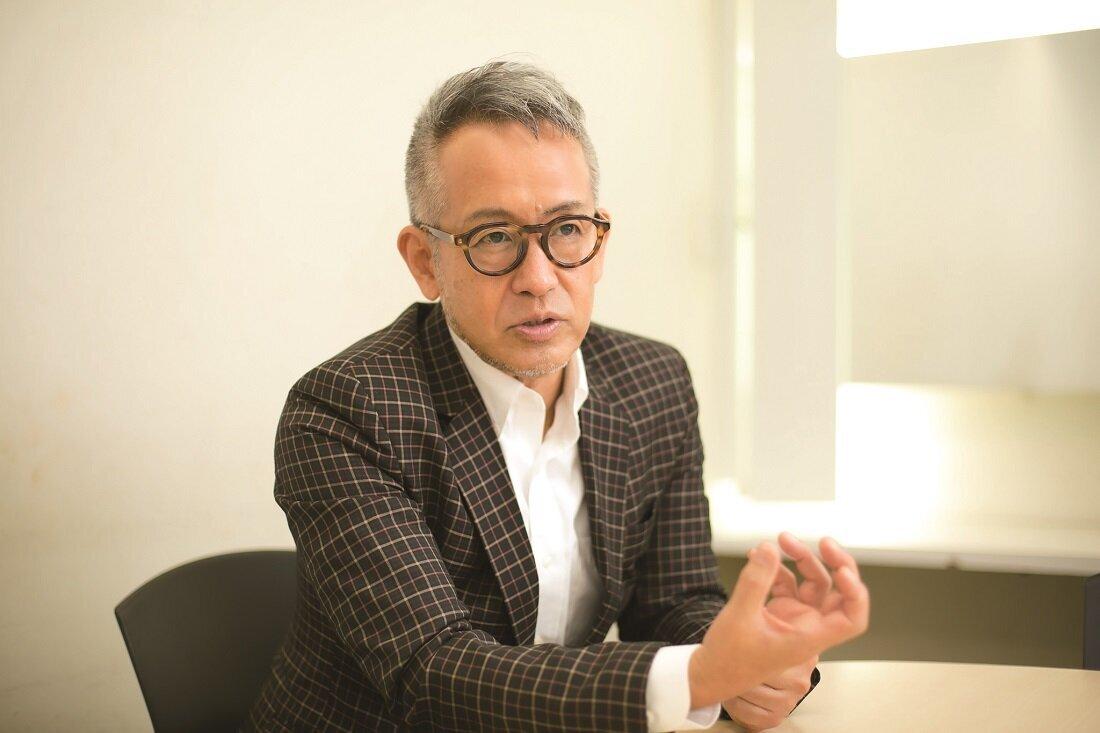宮本亞門さんのインタビュー写真
