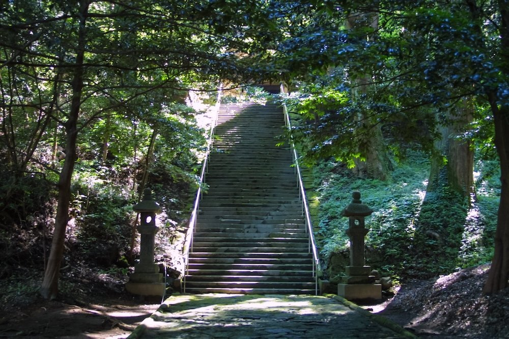 神式のお葬式こそ日本の伝統儀式!? 神社でお葬式をしない理由とは - Coeurlien