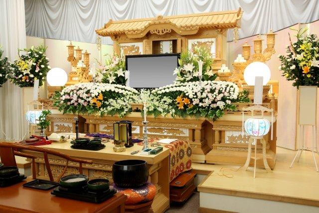 【はじめてのお葬式】初めてお葬式(お通夜・告別式)に列席することになったあなたへ。当日あわてないために知っておきたいお葬式の常識!