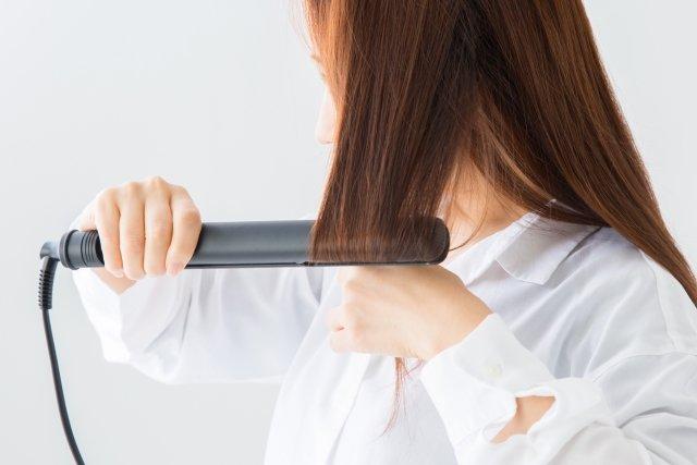 はじめての巻き髪でも安心!コテを使えば簡単!初心者さんも可愛く髪を巻こう!