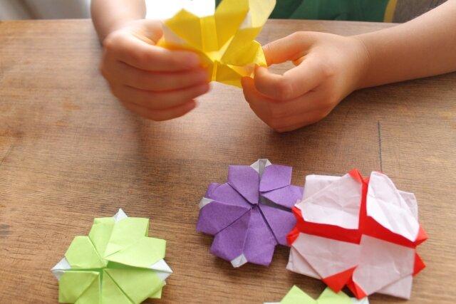 初めての折り紙は簡単なレベルから!オススメ本などもご紹介します!