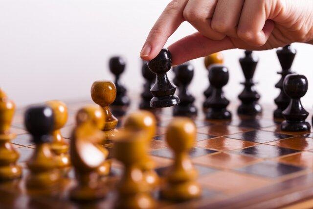 全世界で楽しまれているチェスをはじめよう!楽しみながら思考力を養えます!