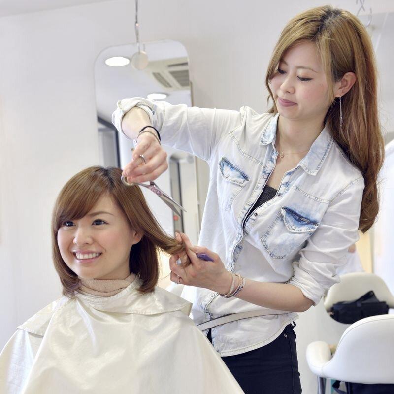 美容師の仕事となり方、給料など、はじめて美容師を目指す人へ