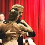 姿勢からキレイになれてダイエットにも効果的!はじめての社交ダンス