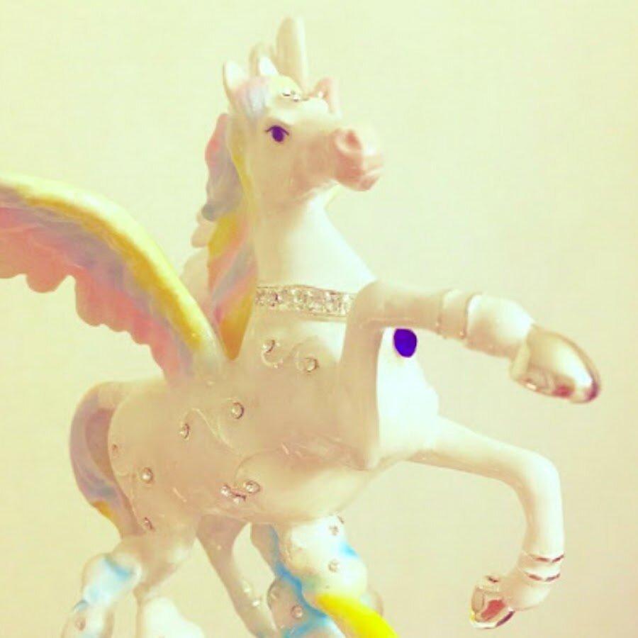 りえ ::: unicorn in the mirror ::: - YouTube