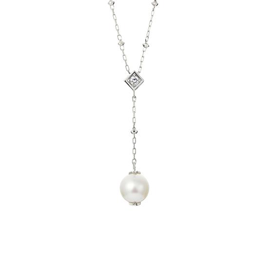 フェスタリアのパールとダイヤモンドネックレス
