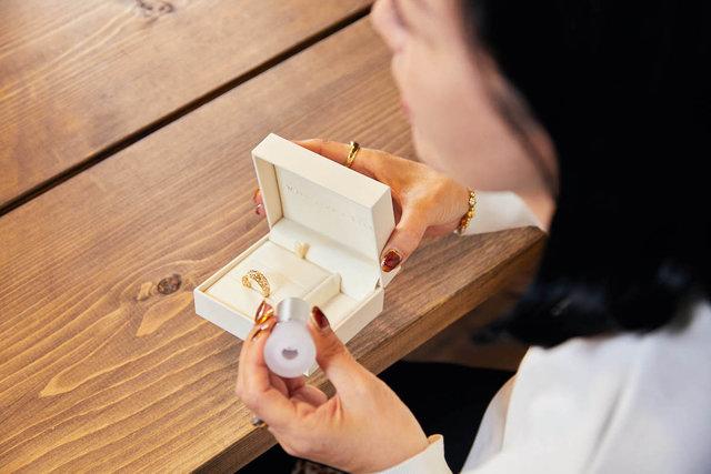 ダイヤモンドについて語るフェスタリアのジュエリー鑑定士:新保薫