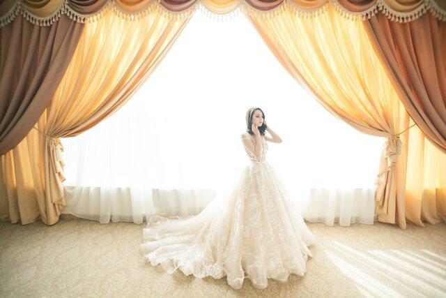 窓辺の花嫁
