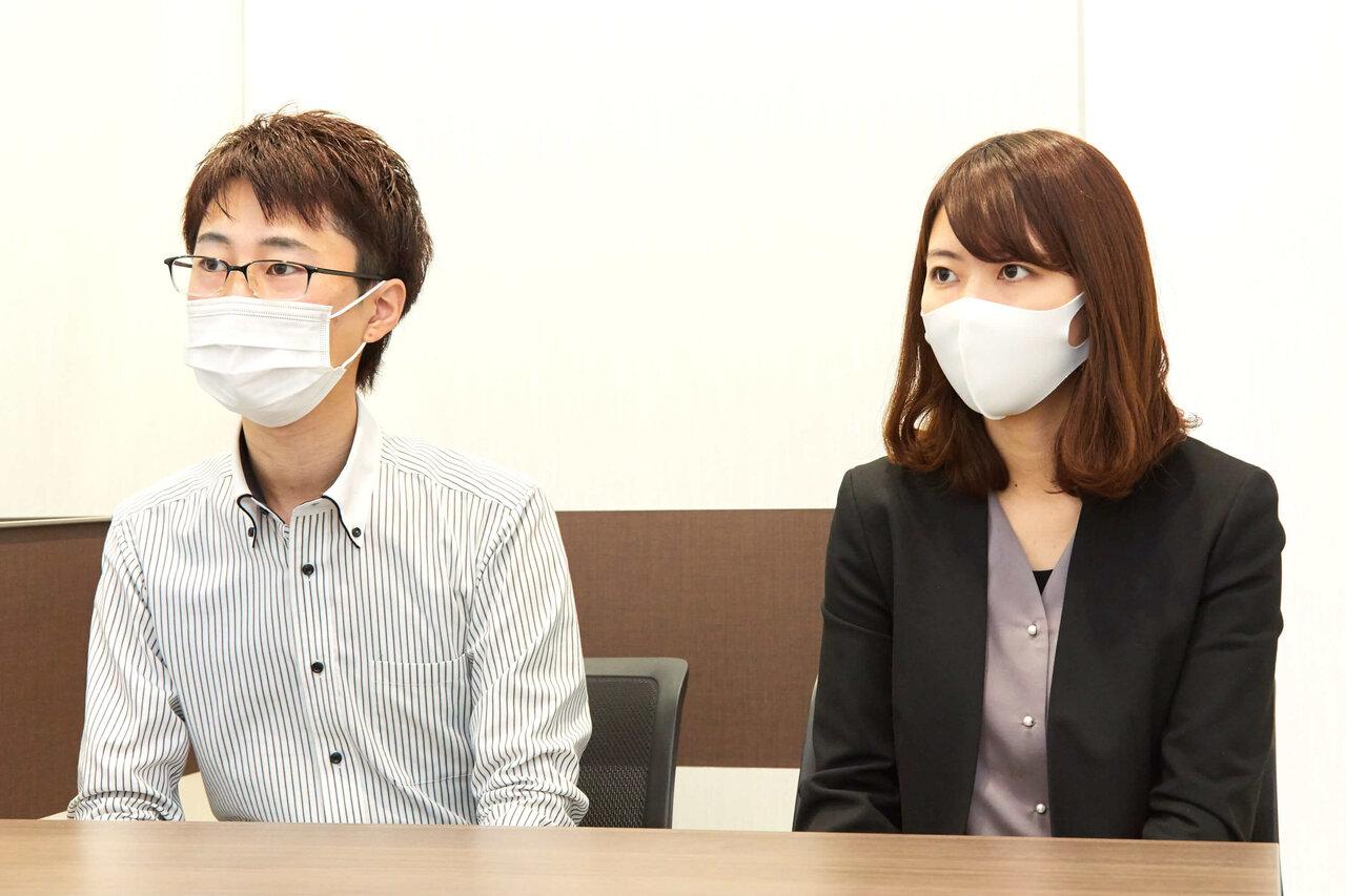インタビューに答える関口さんと佐藤さん