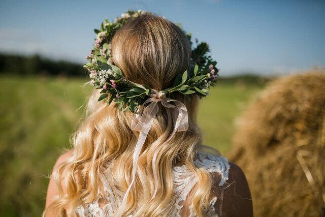 ブーケを持つ花嫁
