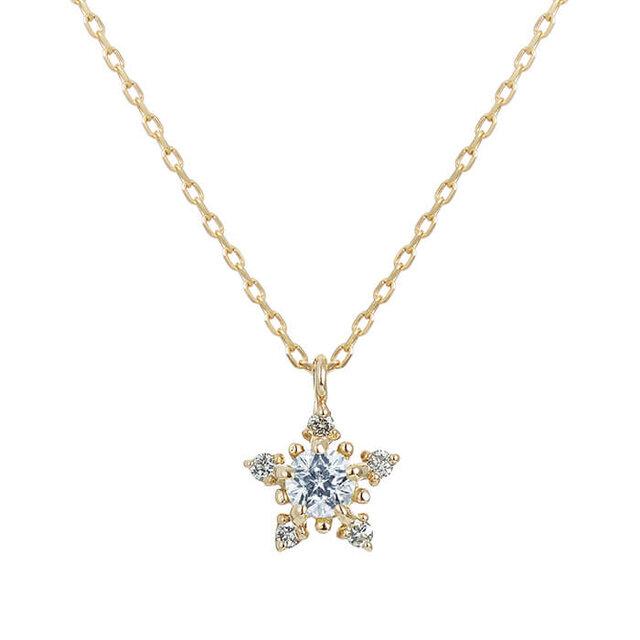 フェスタリアのダイヤモンドの星ネックレス