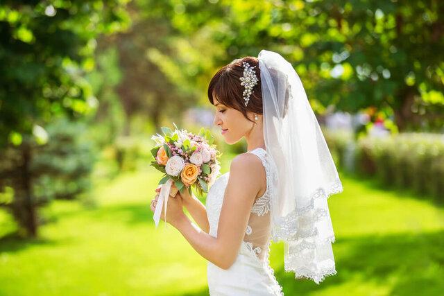 ショートベールの花嫁
