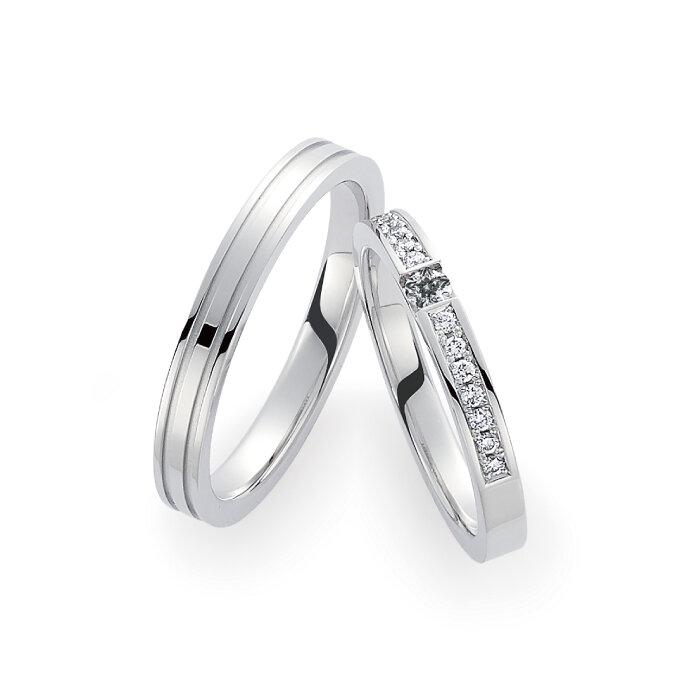 高純度のプラチナにダイヤモンドがきらめくリング
