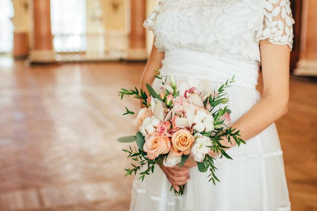 マタニティウエディングの花嫁