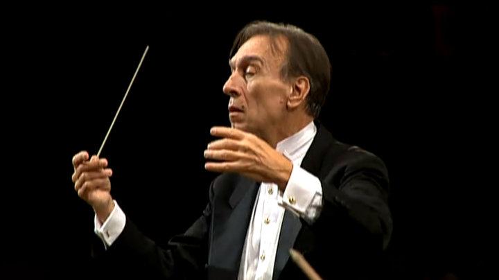 クラウディオ・アバド・コンダクツ・ベートーヴェン:交響曲第1番