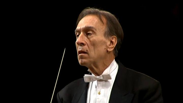 クラウディオ・アバド・コンダクツ・ベートーヴェン:交響曲第2番