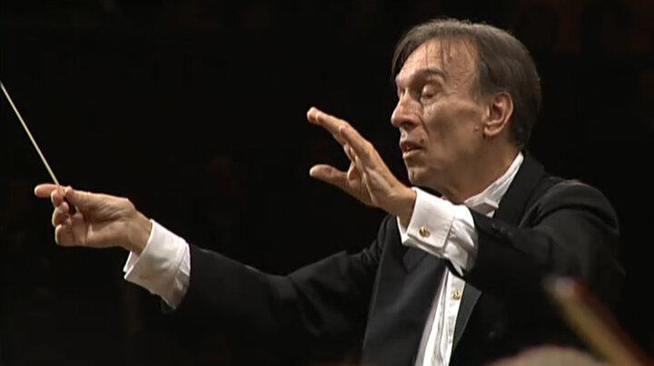 クラウディオ・アバド・コンダクツ・ベートーヴェン:交響曲第7番