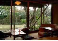 11 鎌倉市における公益財団法人を中心とした 歴史的邸園の保全活用モデル構築に関する調査研究