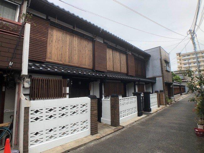 つばさ資産パートナーズ/昭和初期の長屋を再生/高齢地域に30~40代呼び込む