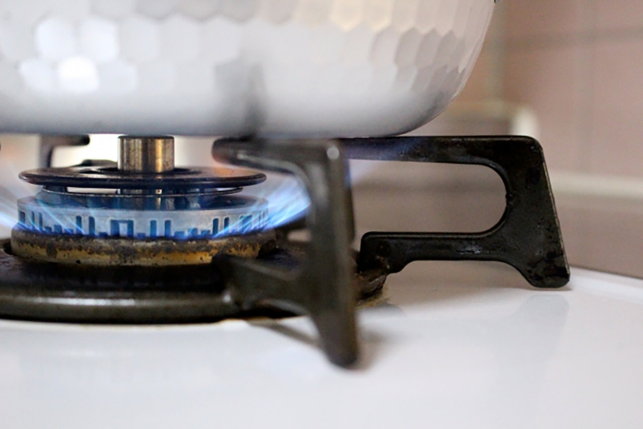 作り置きの鍋料理、再加熱したら大丈夫?
