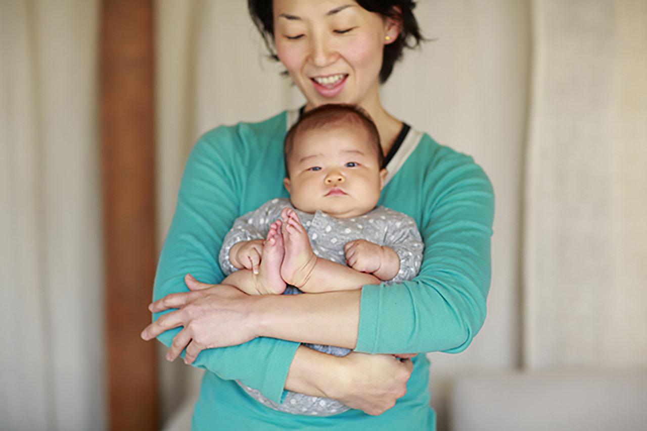 赤ちゃんもママも、心地よい抱っこをマスターしよう 第2話