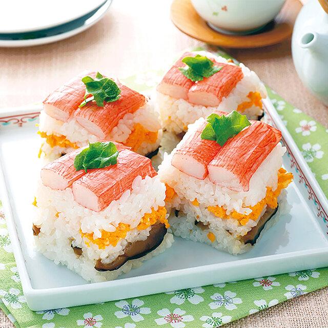 ケーキのような三色押し寿司