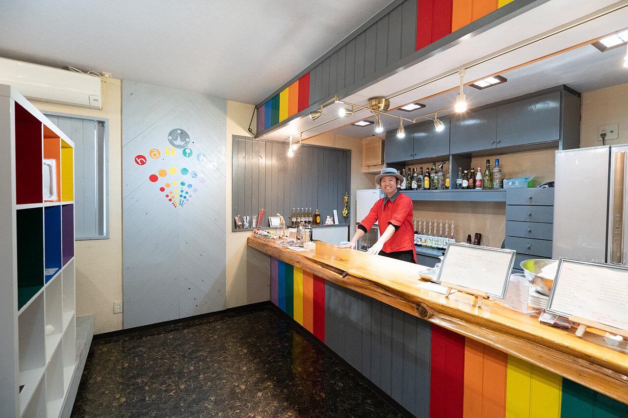 【久留米市】カラフルな空間で、子どもも大好きなクレープを。クレープショップ「ハイイロ」