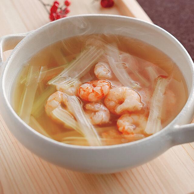 セロリと小えびのスープ