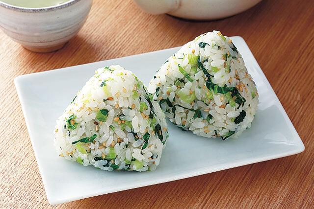 小松菜とごまの混ぜごはん