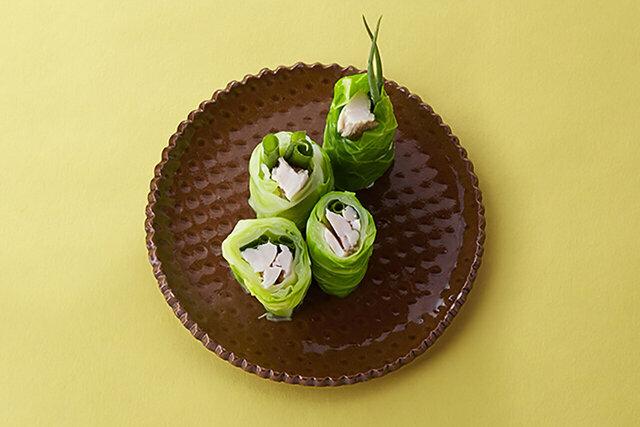キャベツのサラダチキン巻き