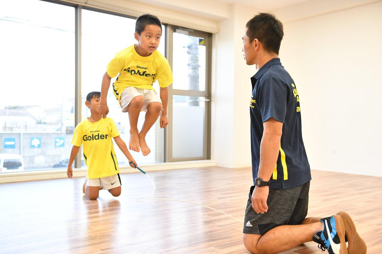 運動能力を伸ばすには1つの競技に絞った方が良いの?