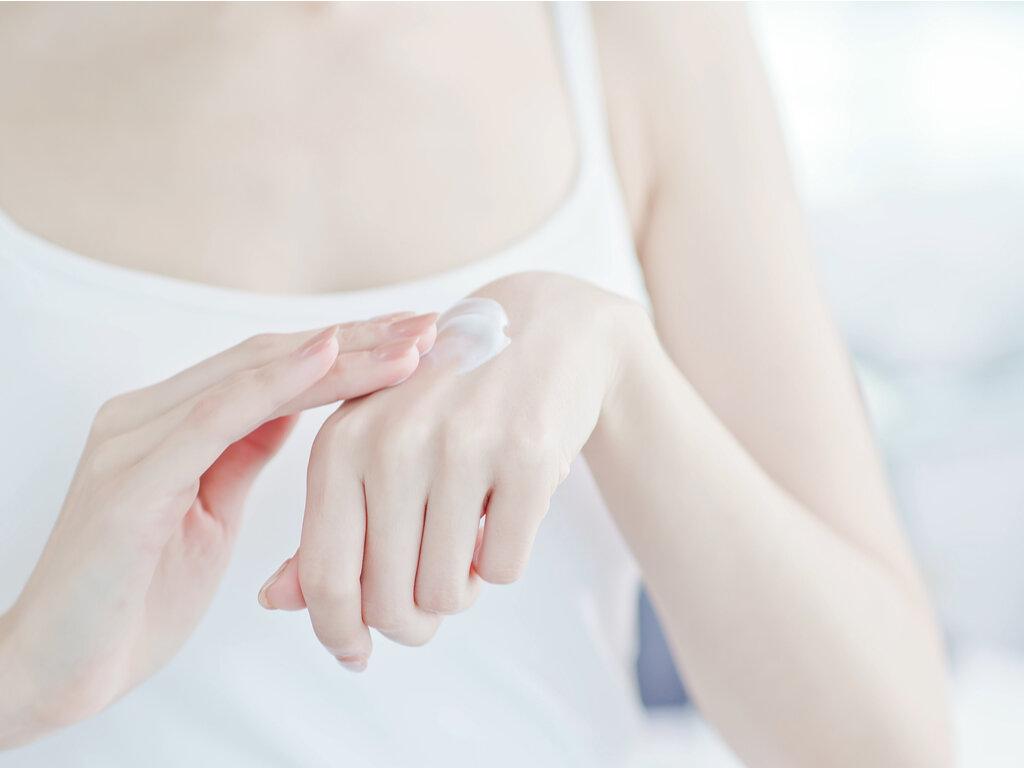 UVハンドクリームのプチプラ・デパコスのおすすめ10選|保湿と紫外線カットを1つで叶える