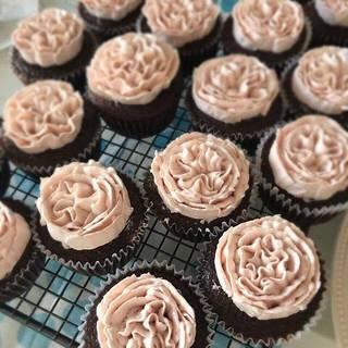 本当に作れるの?「イギリスから届いたカップケーキ・デコレーション」が超カワイイ!