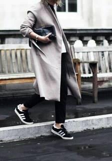 2017年秋は【スニーカー】で通勤コーデを♡秋の【スニーカー】通勤ファッションカタログ♡