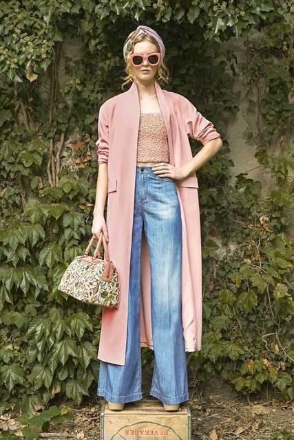 Alice + Olivia Spring 2017 Ready-to-Wear Fashion Show | ヘッドスカーフ、ワイドレッグ、ファッションウィーク (14395)