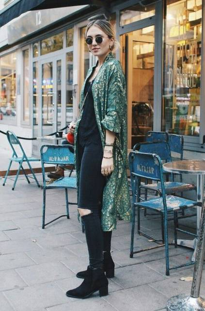 boho chic // city // ripped // black // kimono | Emerald Green Rules | Pinterest | グリーン、椅子、着物 (18066)