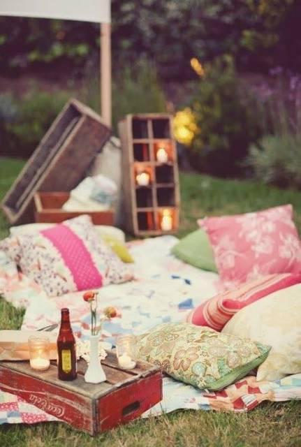 Backyard picnic! #love: (25771)