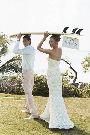 Beach wedding. So your honeymoon's booked. Now it's time to book you hen night. Why not book a hen weekend in Puerto Banus located in the glamourou… | Pinteres… (28855)
