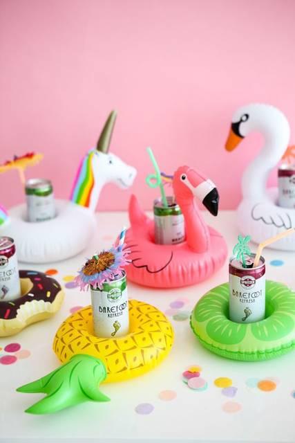 Mini Pool Float Drink Holders (Oh Happy Day!) | Happy、ビーチ、パーティー (30374)