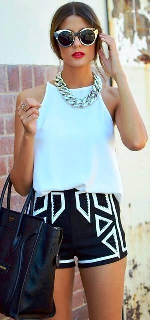 MUJER AFFARY .LOOK DE LA SEMANA   una gafas retro  shorts con tendencia etnica  blusa basica color menta  bolso basico grande  collar coralino  maq… | Pinteres… (36749)