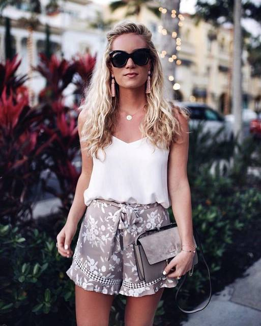 "1,393 Likes, 69 Comments - Marissa // Style Cusp (@stylecusp) on Instagram: ""cute flowy shorts & a lightweight tank for dinner tonight  I think we'… 