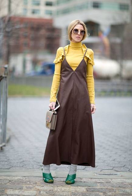 15 Unexpected Layering Ideas to Steal from Street Style Stars | ワンピース、ファッションアイデア、アイデア (40917)