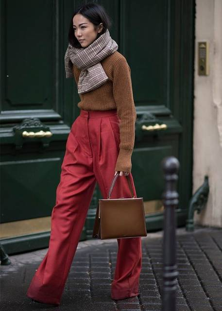 The Best Street Style from Paris Fashion Week Fall 2017 (40919)