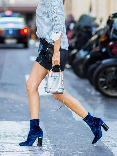 How to Wear Velvet and Feel Totally Casual   ファッションアイデア (41376)