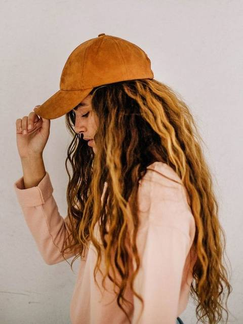 Chic faux suede baseball hat featuring an adjustable fit in back. Perfect for making that fall fashion street style statement. | {Hair} | Pinterest (41542)