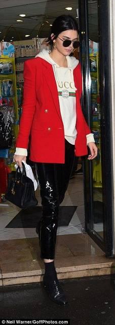 Kendall Jenner teams £1380 Gucci sweatshirt in Paris (42234)