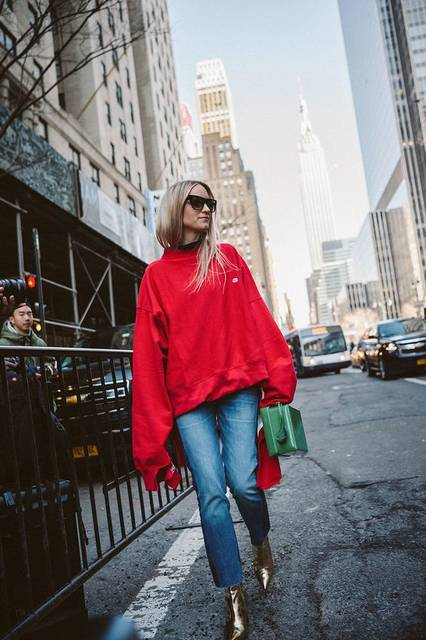 Red Vetements sweatshirt, cutoff jeans and gold metallic ankle boots | Fashion | Pinterest (42239)