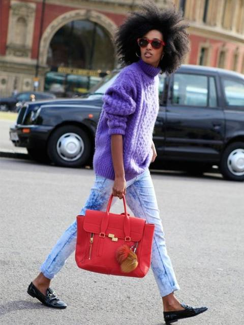Julia Sarr-Jamois // Brighten up your winter looks with a bold bag and chunky knit jumper | house ideas | Pinterest | 冬のファッション、ニット、ファッションアイデア (46210)